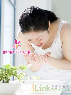 美容护肤:洗脸的正确步骤
